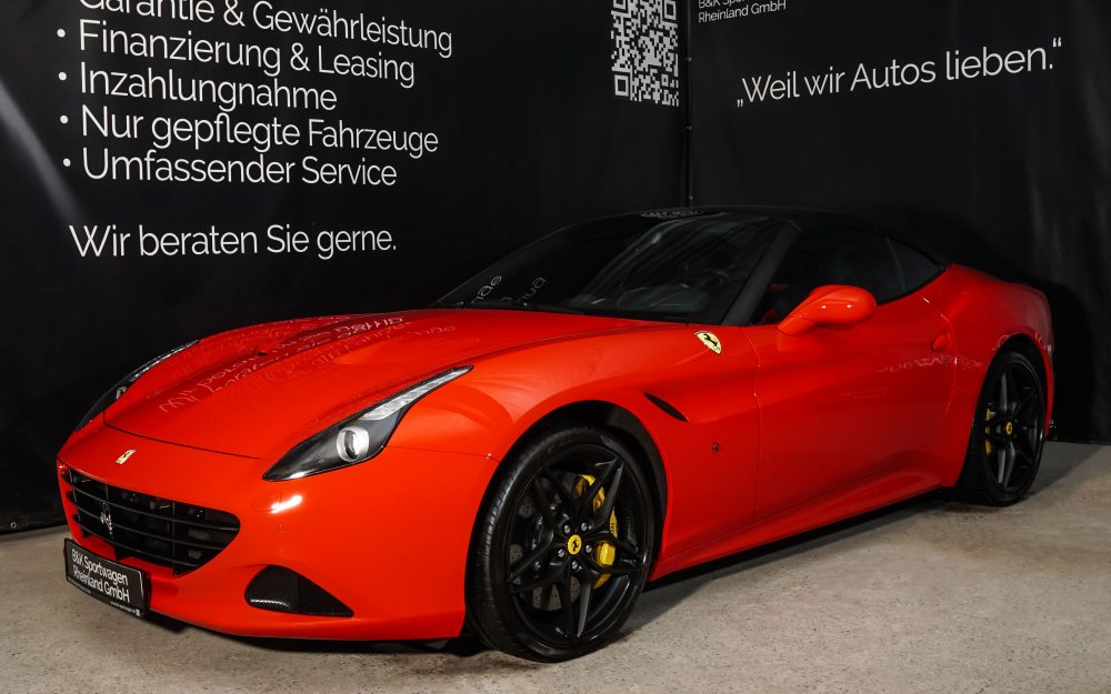 Ferrari_CaliforniaT_Red_Black_FER-7119_2_w