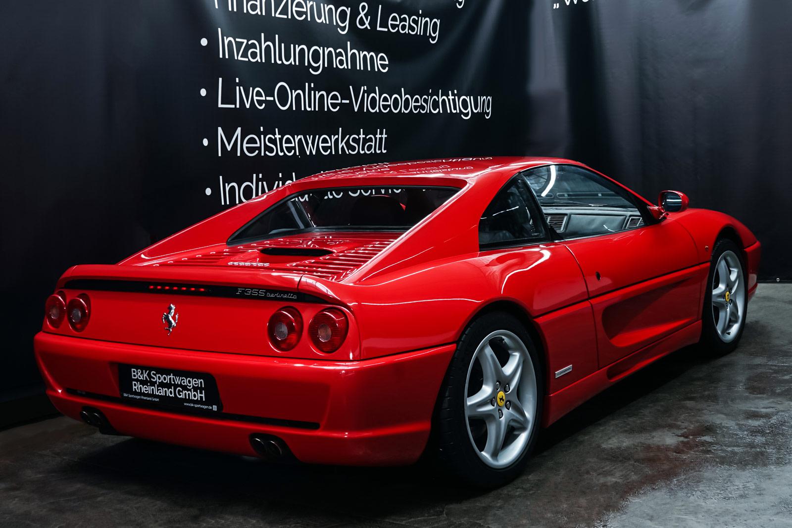 Ferrari_F355_Berlinetta_Rot_Schwarz_FER-7159_15_w