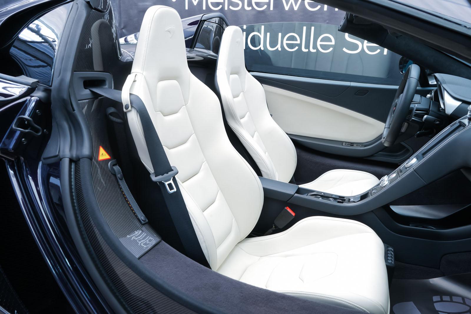 McLaren_650S_Spider_Schwarz_Weiß_MCL-6007_16_w