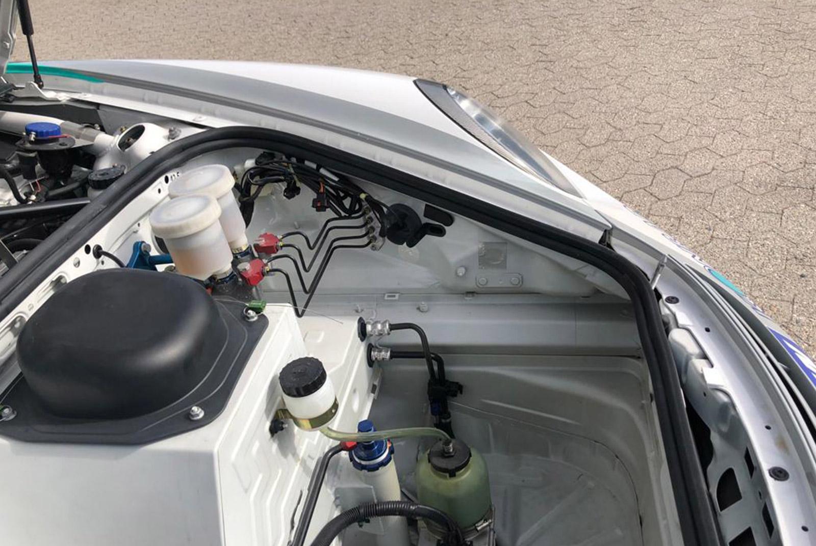 Porsche_997_GT3_Cup_Weiß_Schwarz_POR-8188_16