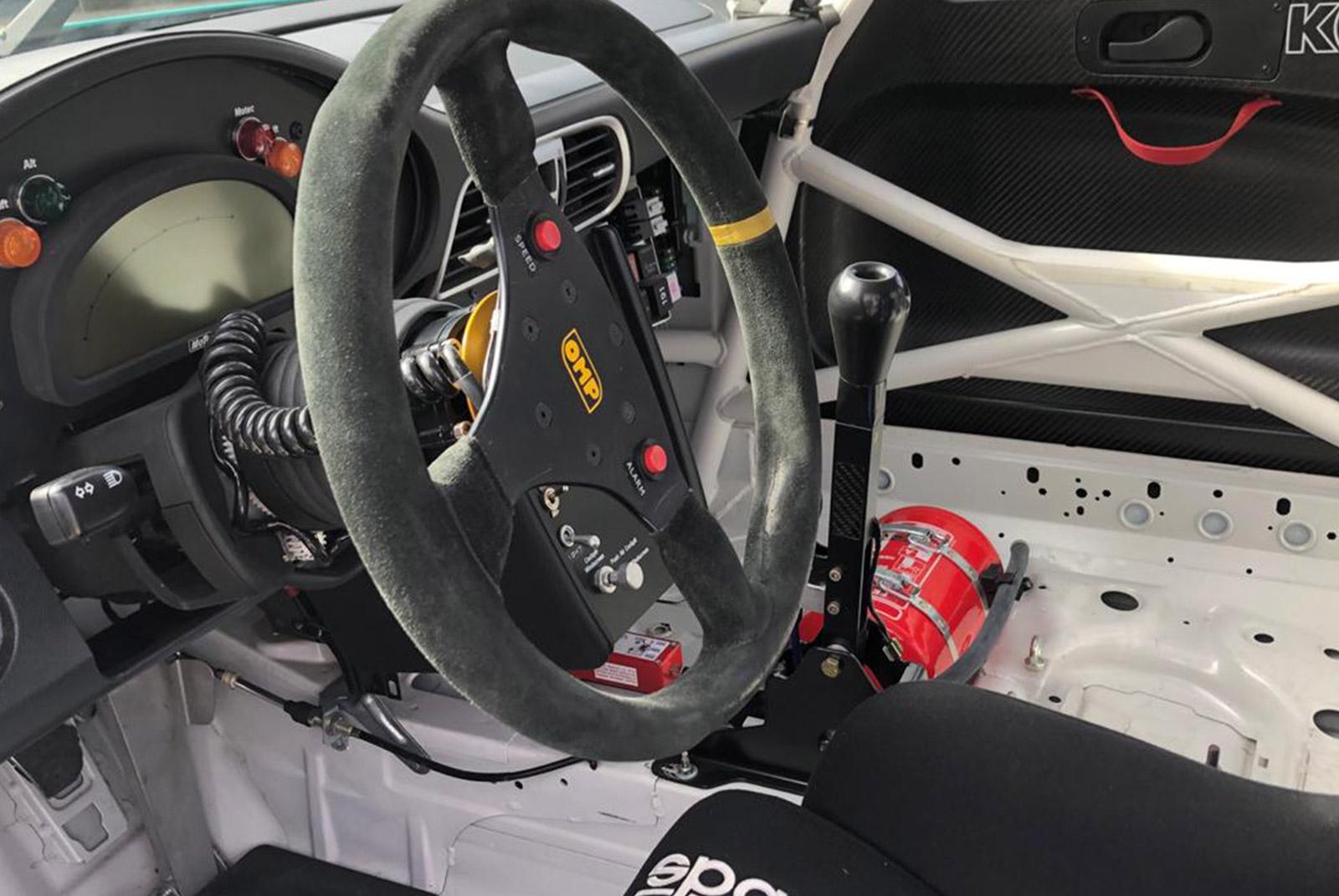 Porsche_997_GT3_Cup_Weiß_Schwarz_POR-8188_7