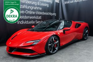 Ferrari_SF90_Stradale_Rot_Schwarz_FER-0090_Plakette_w