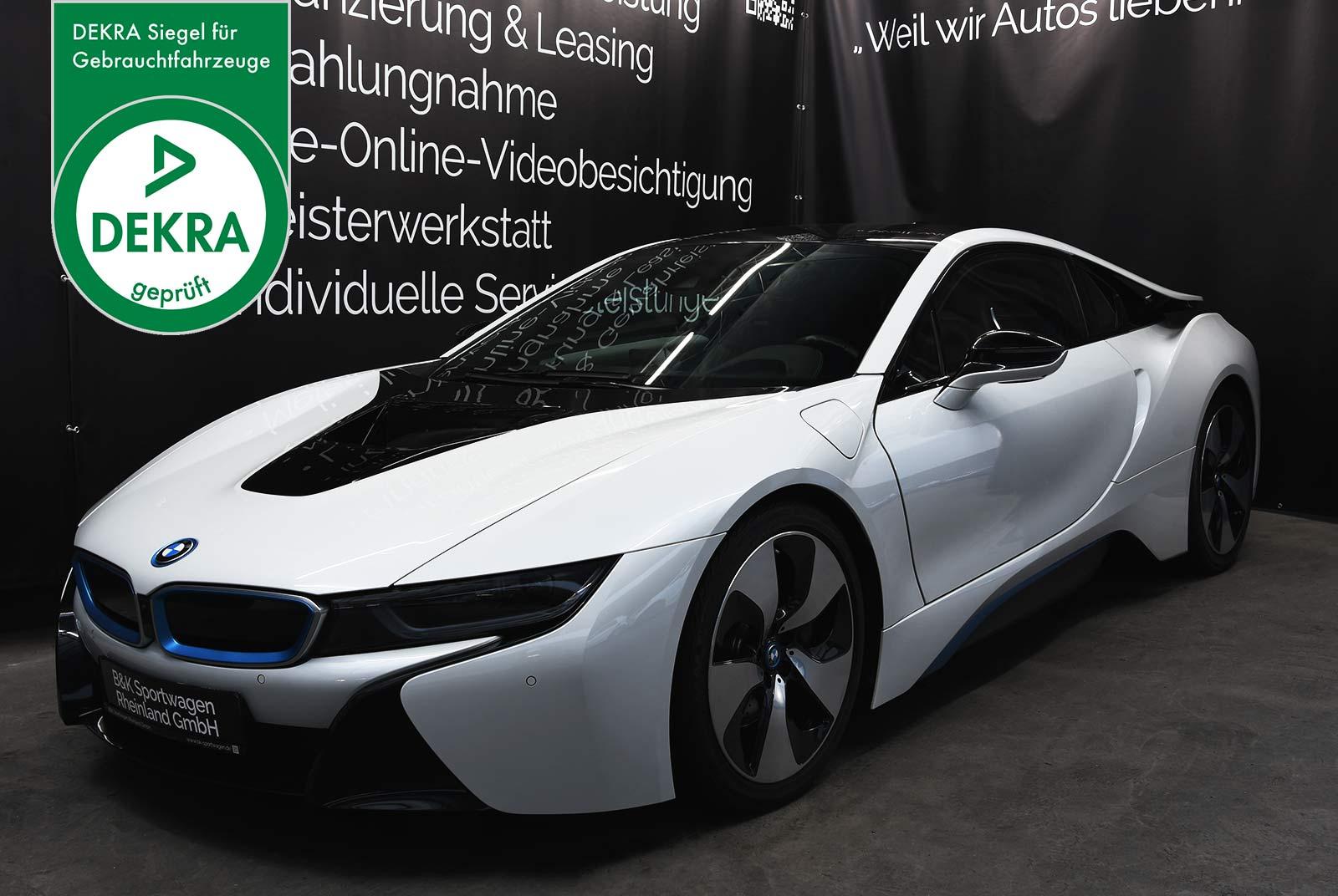 bmw_i_8_weiß_grau_BMW-9212_02