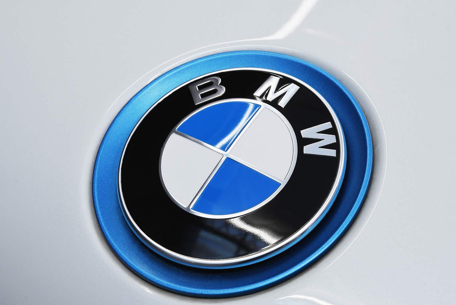 bmw_i_8_weiß_grau_BMW-9212_23